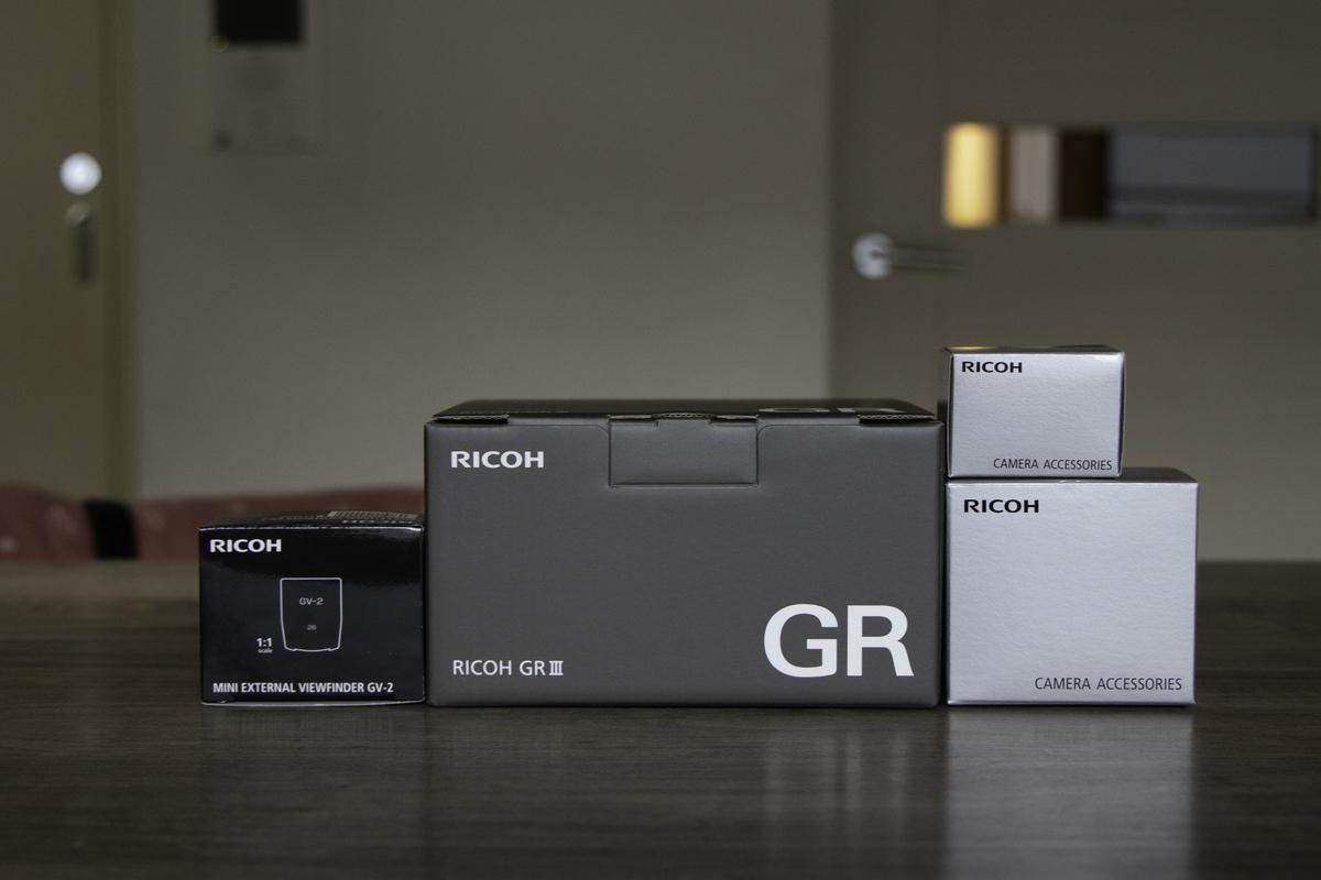RICOH GRⅢ