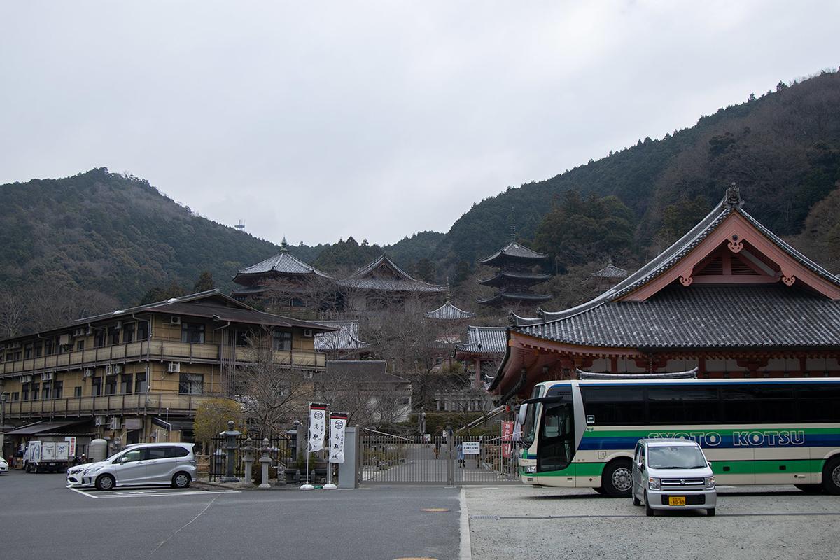 奈良県高取町壷阪寺