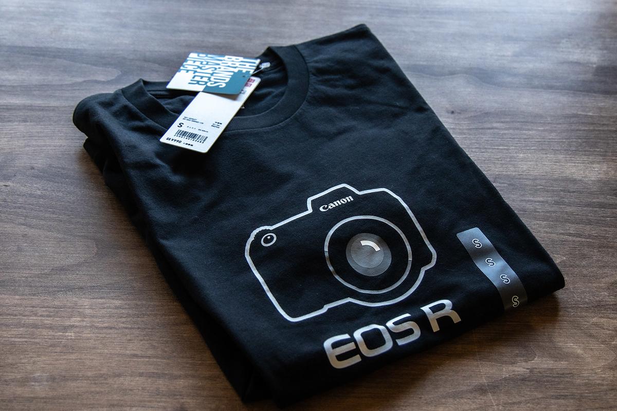 キヤノン EOS R Tシャツをゲット!ユニクロ UT グラフィックTシャツ。