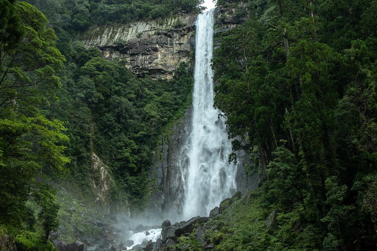 那智の滝をまじかで見れる飛瀧神社(ひろうじんじゃ)