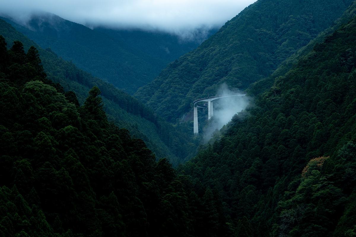 伯母谷ループ橋