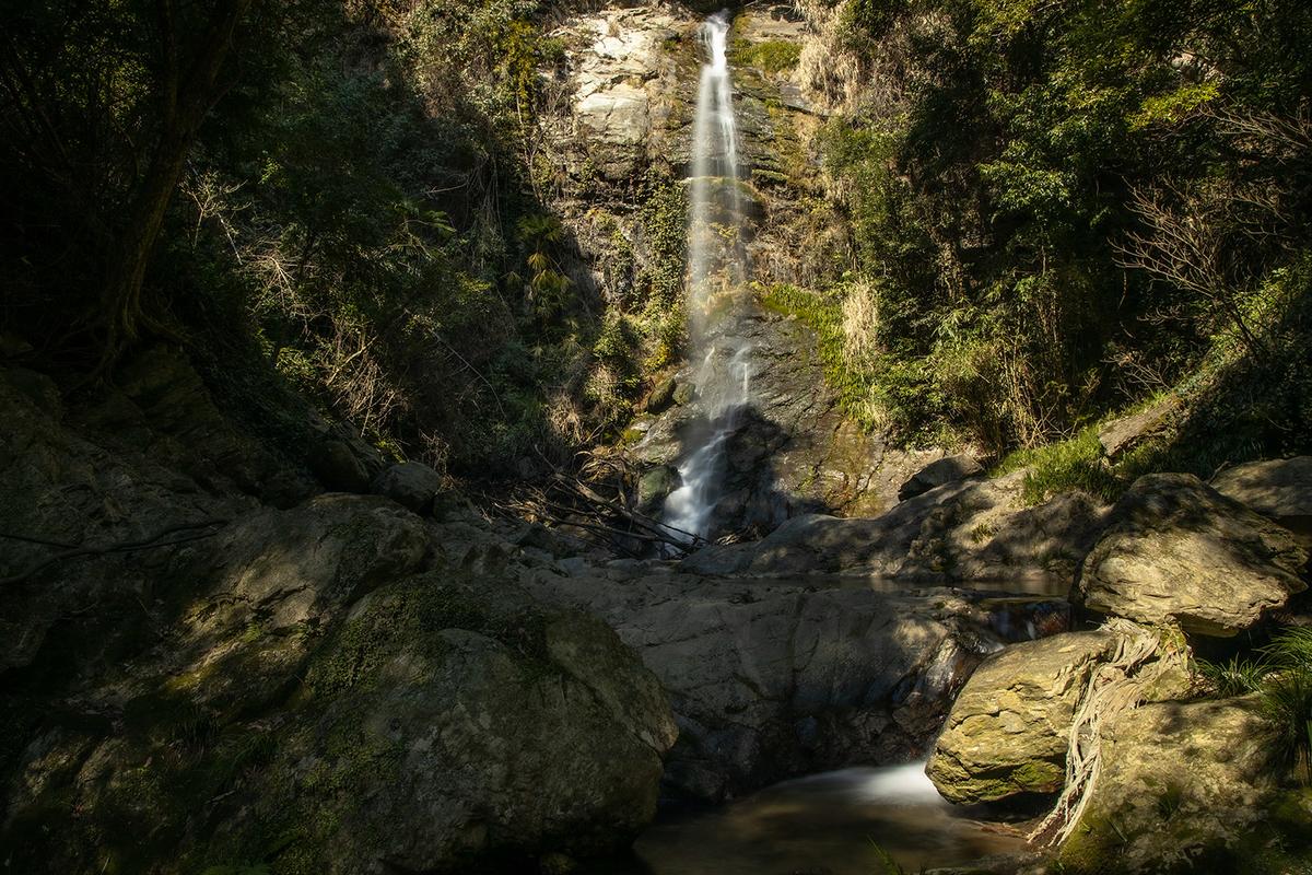 虚空蔵の滝(黒蔵の滝)