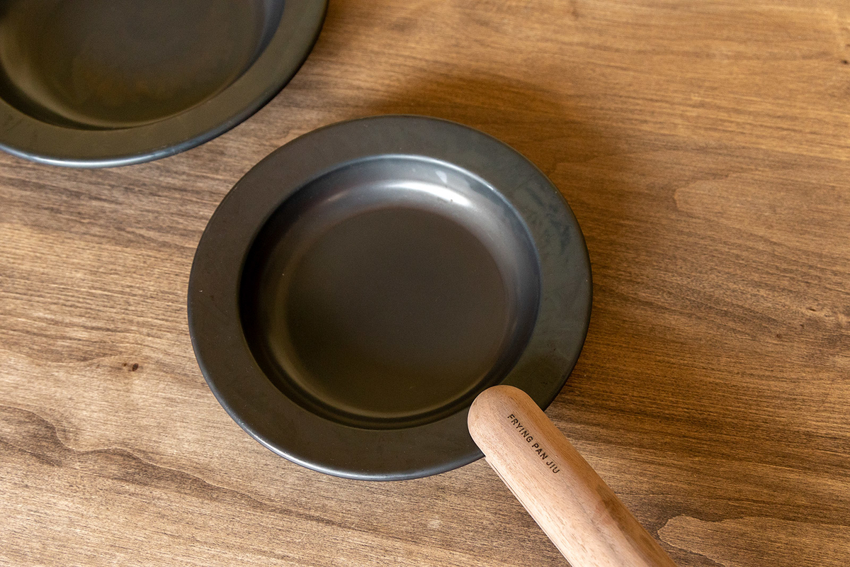 FRYING PAN JIU(フライパン ジュウ)