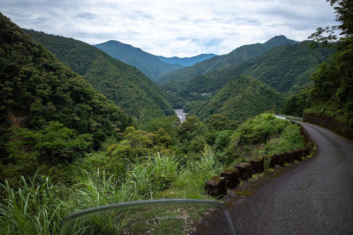 奈良県の秘境の絶景、十津川村の果無集落