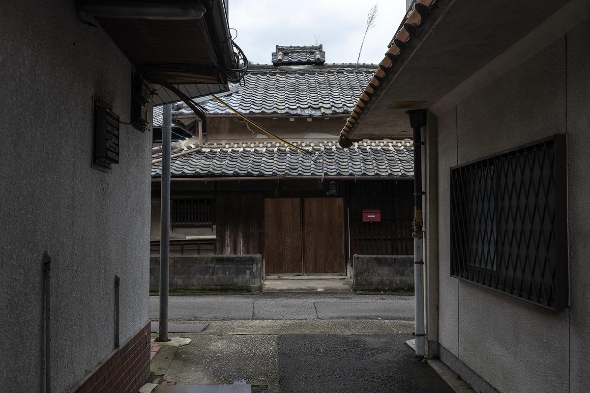 紀州から江戸へと向かう参勤交代の道として、また伊勢参詣道として、かつては多くの人が行きかっていたであろう大和街道。