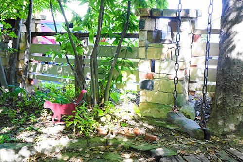 けやきの杜のブランコがあるお庭