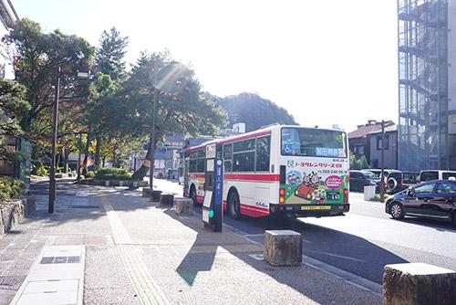 岐阜駅前から岐阜公園までのバス