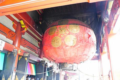 名古屋の大須観音の歴史ある光景