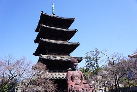 五重塔と大仏様
