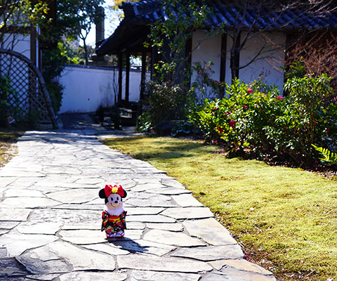 八事興正寺の庭園