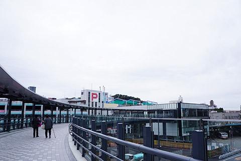 東岡崎駅からの連絡通路