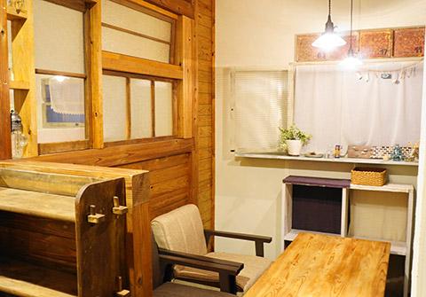 クークーカフェのイートインスペース