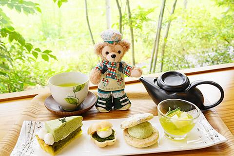 日本茶カフェ茶縁のカウンター席で記念撮影