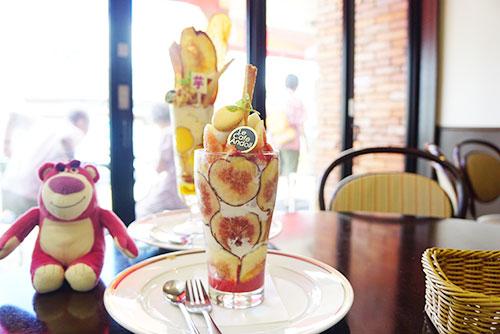 ルカフェアンドールの芋パフェといちじくパフェ