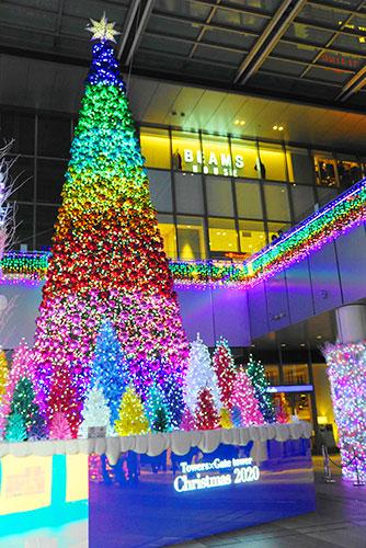 高島屋ゲートタワーモールのクリスマスツリー