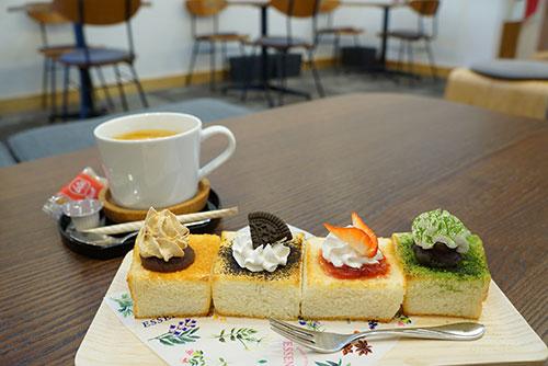 きな粉カフェの幸せトーストにもきな粉があしらってあります