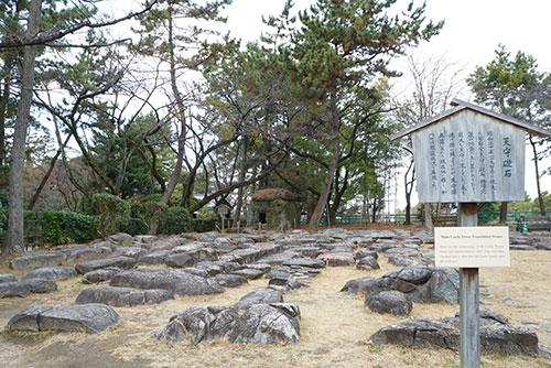 名古屋城の天守礎石