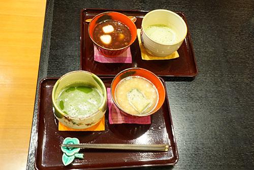 犬山城下町の和カフェ椿のぜんざいとお抹茶のセット
