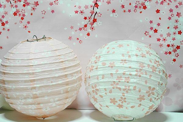 100均(セリア)桜デザインの提灯