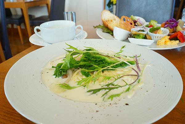 水菜とえびのクリームソースパスタ