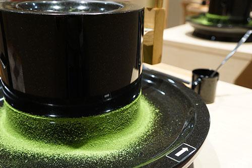 きれいなグリーンの抹茶