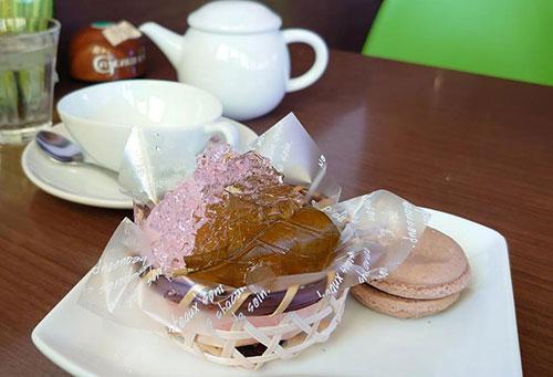 桜さくらという名前のケーキ