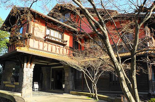 名古屋の覚王山にある揚輝荘
