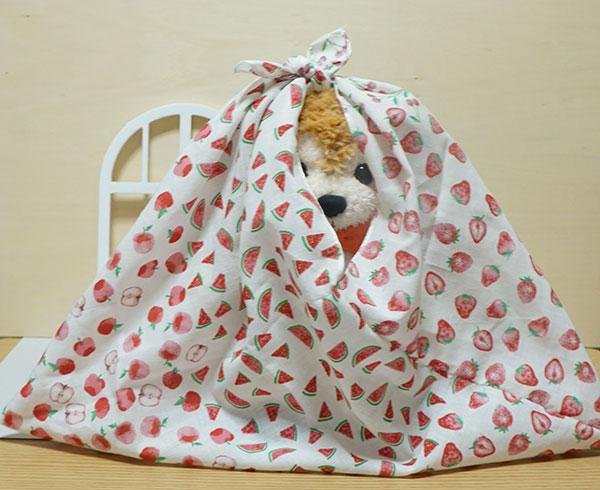 セリアのてぬぐい風タオルであずま袋を作りました