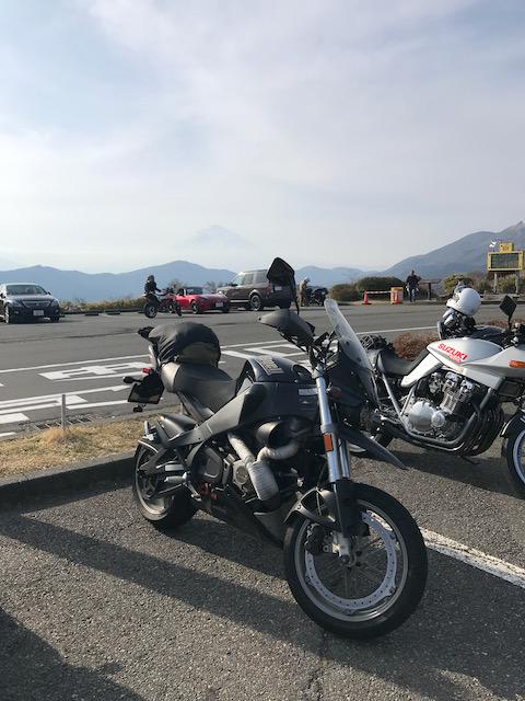 大観山から見る富士山とユリシーズ