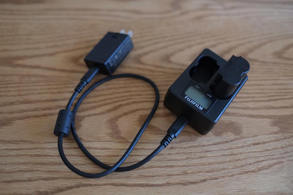 デュアルバッテリーチャージャーBC-W235レビュー