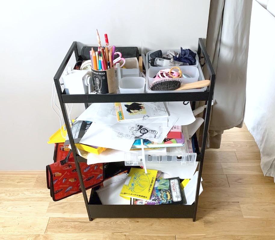 IKEAニッサフォースワゴンに子供の文具を収納