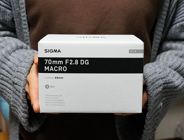 70mm F2.8 DG MACRO