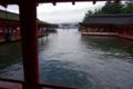 水と調和した神社