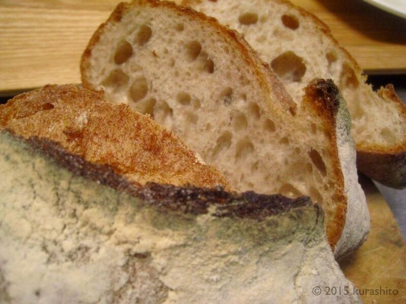 VIRONのパンの気泡