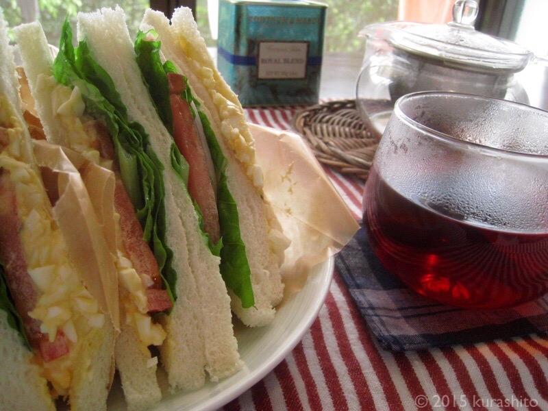 サンドイッチと紅茶