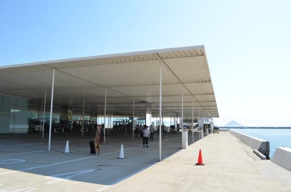海の駅「なおしま」設計:妹島和...