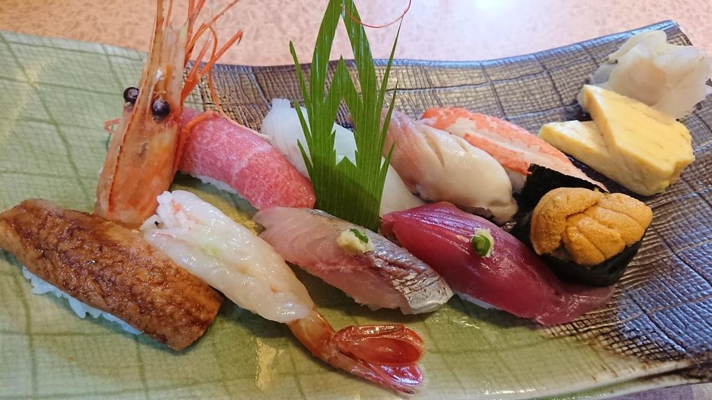 亀喜寿司の季節のにぎりセット