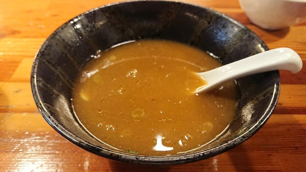 スープ割で割ったつけ麵のスープ
