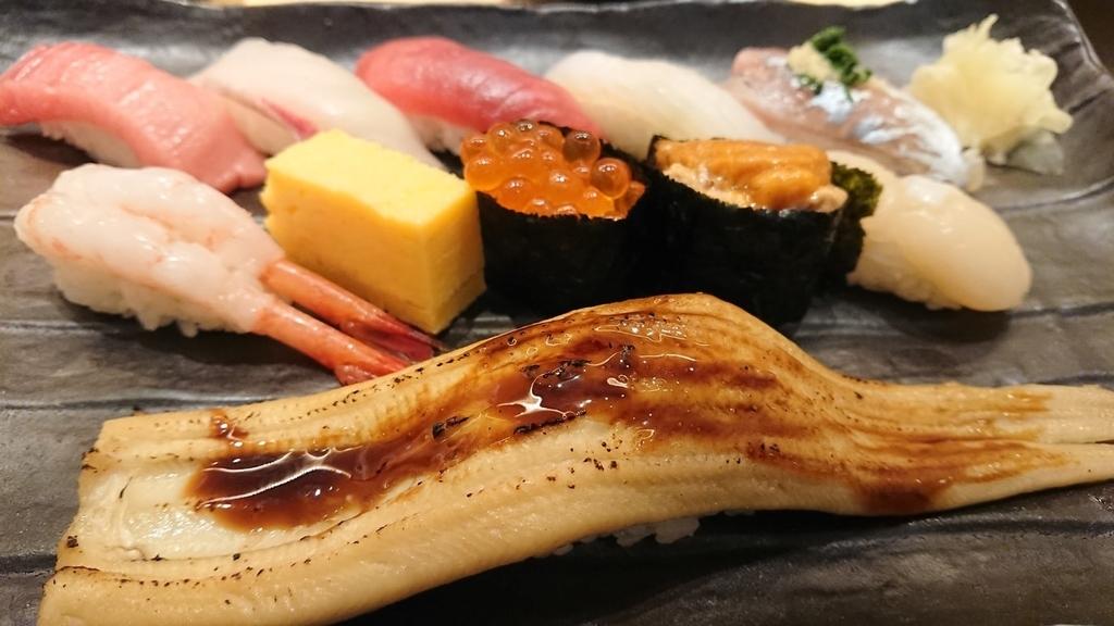 お寿司のランチセットメニュー