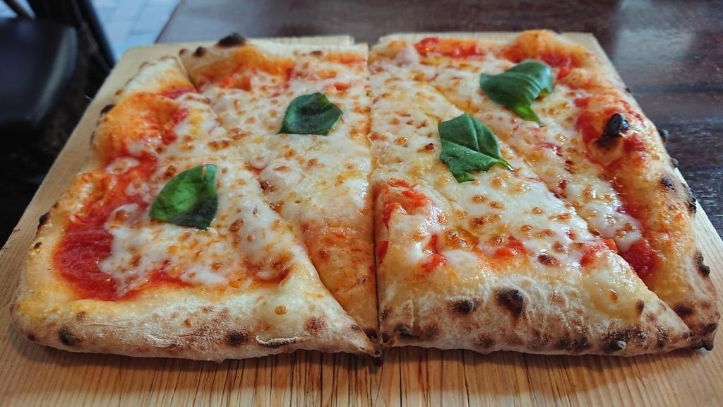 マルゲリータのピザ