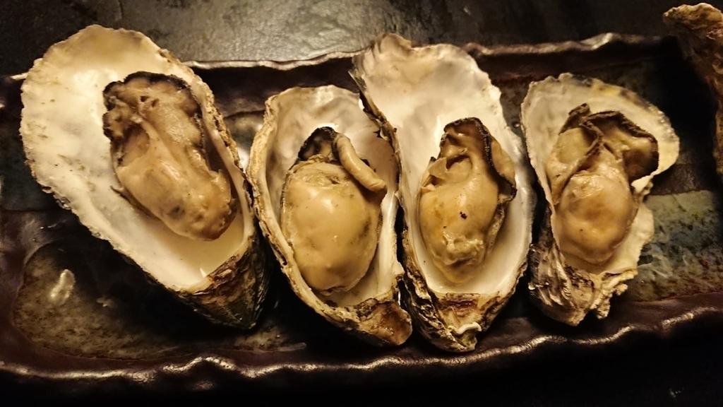 牡蠣と日本酒 四喜のガンガン焼き