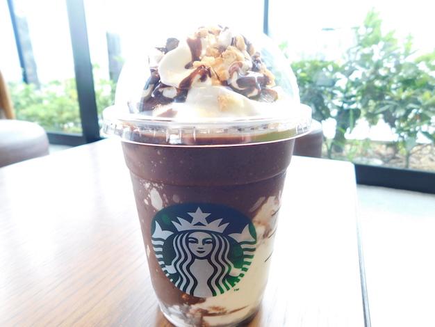 Starbucks スターバックス スタバ スモア チョコレート クリスピーマシュマロ 2017 フラペ フラペチーノ