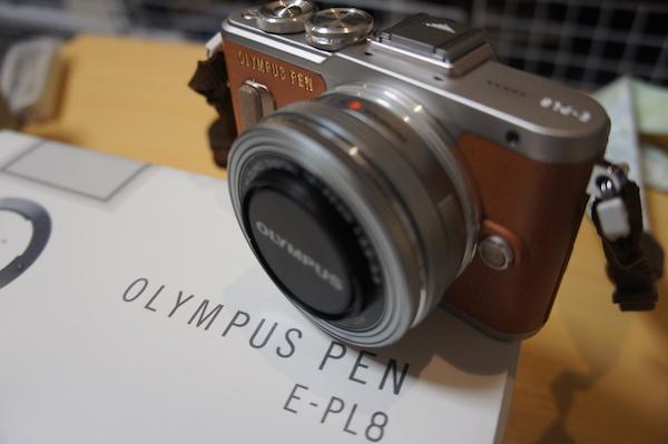 OLYMPUS ミラーレス一眼 E-PL8