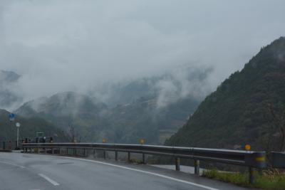 雨のR33