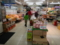 近所のスーパーマーケット