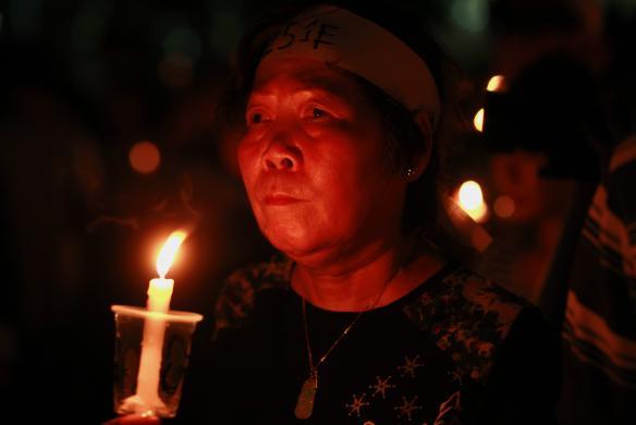 222Hong Kong remembers Tiananmen