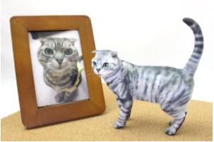 猫のフィギュアの写真