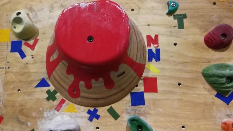 VOCK製のデカミルフィーユホールド(RED POINT110°ウォール)