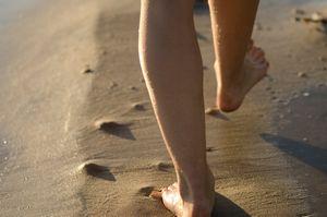 膝裏の肉割れを消す方法
