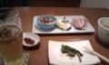 [twitter] 近所の蕎麦屋、尾沼にて一人昼。お通しのこごみのごま和えから、ホ